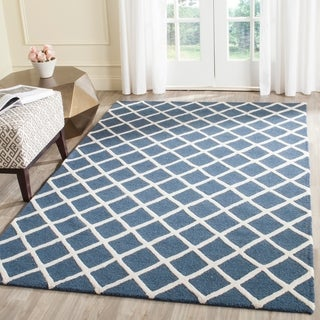 Safavieh Handmade Cambridge Moroccan Navy Crisscross Pattern Wool Rug (8' x 10')