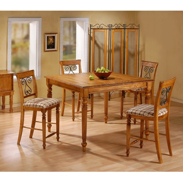 Cottage Pine 48-inch Pub Table