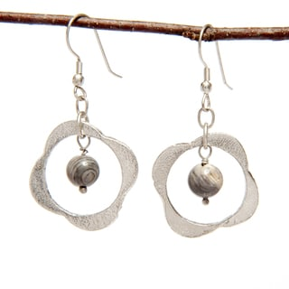 Handmade Clover Shaped Silver Earring with Glass Bead (India)