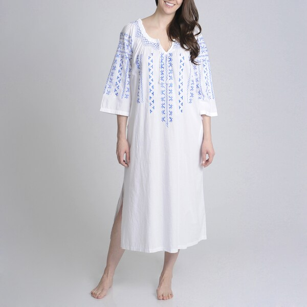 La Cera Women's Embroidered Scoop Neck 3/4 Sleeve Gown