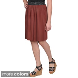 Journee Collection Juniors Banded Waist Pleated Skirt