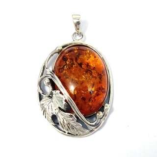 Sterling Silver Vintage Style Simulated Amber Pendant (Thailand)