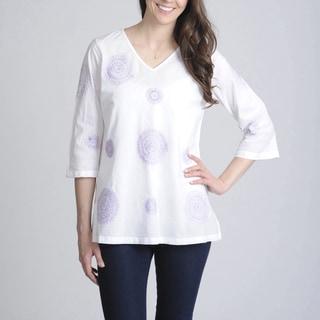 La Cera Women's White Embroidered V-Neck Casual Shirt
