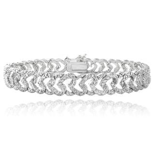 DB Designs Rhodium-plated 1/10ct TDW Diamond Heart Link Bracelet (I-J, I2-I3)