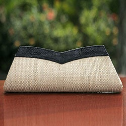Leather Trim Buriti Palm 'Copacabana' Small Clutch Handbag (Brazil)