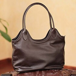 Leather 'Miraflores Chic' Medium Shoulder Bag (Peru)