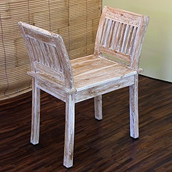 Handcrafted Teakwood 'Vintage Dynasty' Chair (Indonesia)