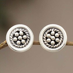 Handcrafted Sterling Silver 'Andean Dewdrops' Earrings (Peru)