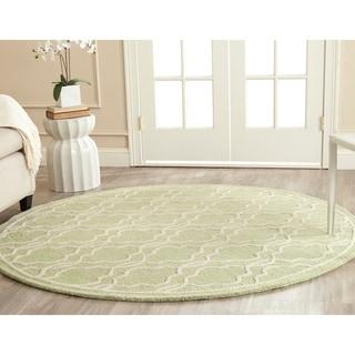 Safavieh Handmade Cambridge Moroccan Light Green Pure-Wool Rug (6' Round)