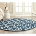 Traditional Safavieh Handmade Cambridge Moroccan Navy Wool Rug (6' Round)