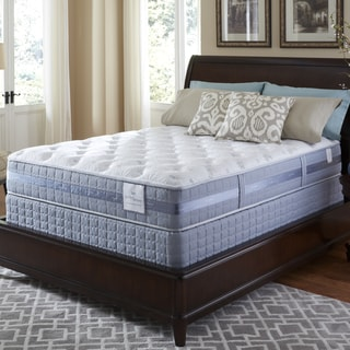 Serta Perfect Sleeper Resolution Plush Cal King-size Mattress and Foundation Set