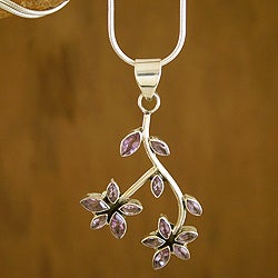 Sterling Silver 'Indian Wisteria' Amethyst Necklace (India)