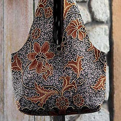 Cotton 'Worawari Bouquet' Beaded Batik Medium Shoulder Bag (Indonesia)