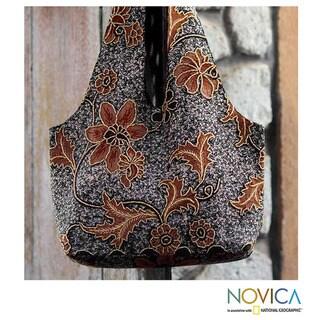 Cotton 'Worawari Bouquet' Beaded Batik Medium Shoulder Bag (Indonesia)