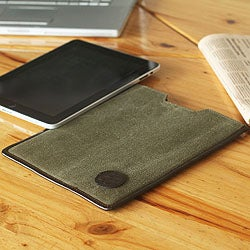 Cotton and Leather Accent 'Puno On the Go' Tablet Sleeve (Peru)