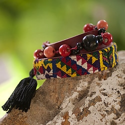 Handcrafted Cotton 'Festive Guatemala' Bracelet (Guatemala)