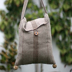 Handcrafted Alpaca 'Earth Magic' Medium Shoulder Bag (Peru)