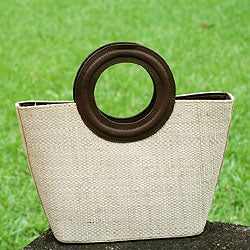 Leather Accent Buriti Palm 'Copacabana' Medium Tote Bag (Brazil)