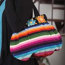 Handcrafted Wool 'Andean Fiesta' Large Shoulder Bag (Peru)
