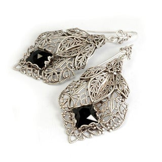 Sweet Romance Silvertone Black Glass Stone Filigree Leaf Earrings