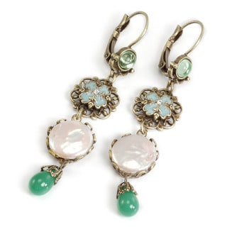 Sweet Romance Goldtone Green Glass and Faux Pearl Filigree Earrings