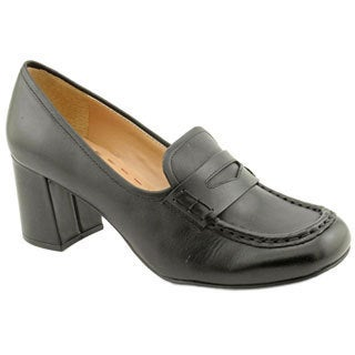 Tahari Women's 'Leslie' Leather Casual Shoes (Size 8)