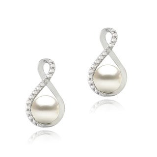 Glitzy Rocks Silver FW Pearl and Diamond Accent Infinity Earrings (7 mm)