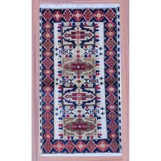 Indo Hand-knotted Kazak Ivory/ Navy Wool Rug (2'2 x 4')