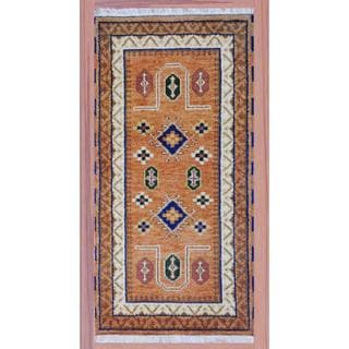 Indo Hand-knotted Kazak 2'2 x 4' Gold/ Ivory Wool Area Rug (India)