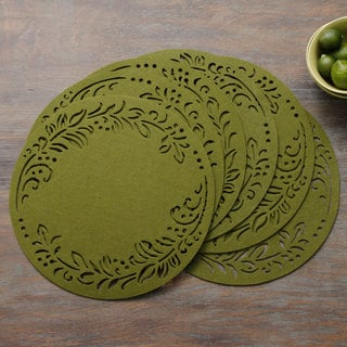 Leaf Felt 15-inch Round Placemats (Set of 6)