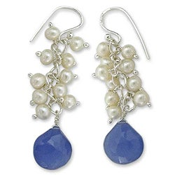 Sterling Silver 'Shimmer' Chalcedony and Pearl Earrings (3 mm) (India)