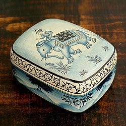 Handcrafted Papier-mache 'Kashmir Dawn' Box (India)
