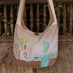 Handcrafted Cotton 'Lotus Elephant' Medium Sling Bag (Thailand)