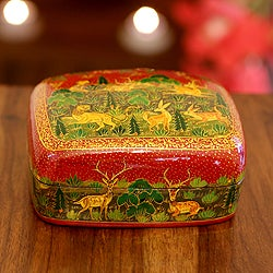Handcrafted Papier-mache and Kail Wood 'Nature's Law II' Box (India)