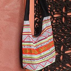 Cotton 'Hmong Dreams' Medium Shoulder Bag (Thailand)