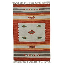 Handcrafted Wool 'Blazing Sun' Rug (4x6) (India)