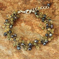 Multi-gemstone 'Bright Passion' Pearl Bracelet (3.5-4 mm) (Thailand)