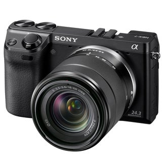 Sony Alpha NEX-7 24.3MP Mirrorless Digital Camera with 18-55 Lens