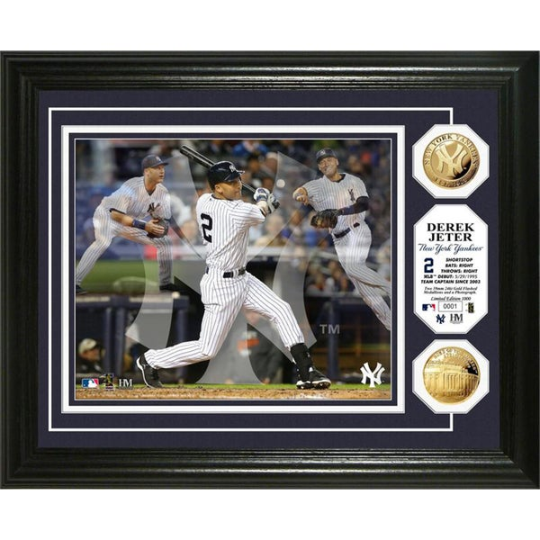 MLB Derek Jeter 'Triple Play' Used Dirt Coin Photo Mint