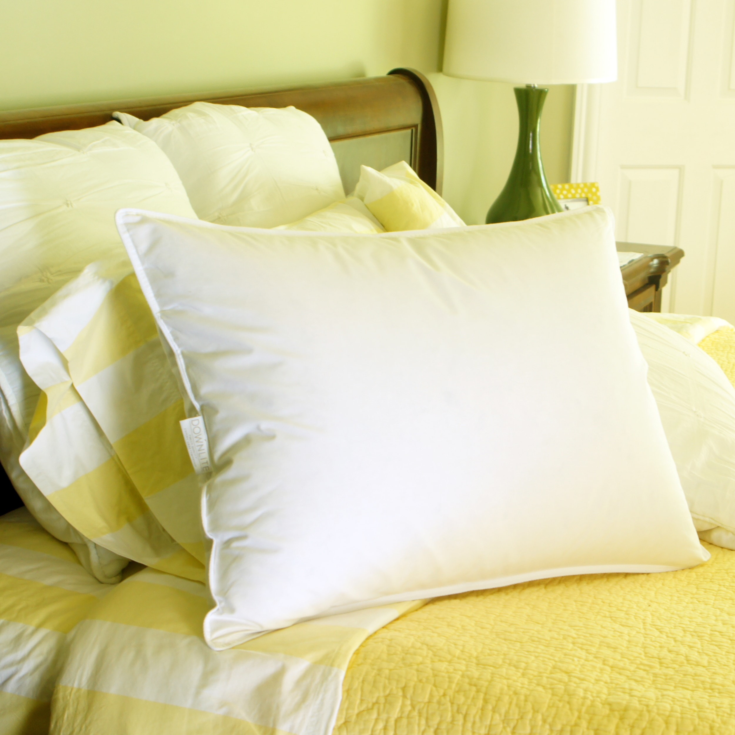 Overstock.com Hotel Style 50/ 50 White Goose Blend Pillow