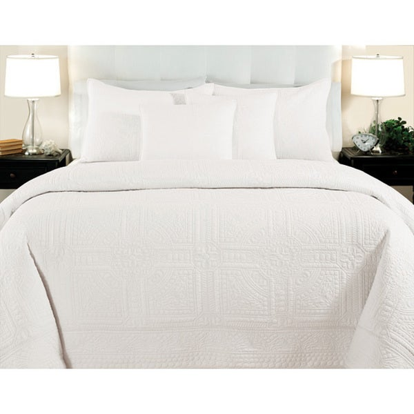 Cathedral Whisper White 3-piece Quilt Set