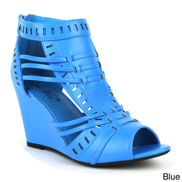 Toi et Moi Women's 'ELISHA-01' Black Bohemian Wedge Sandals