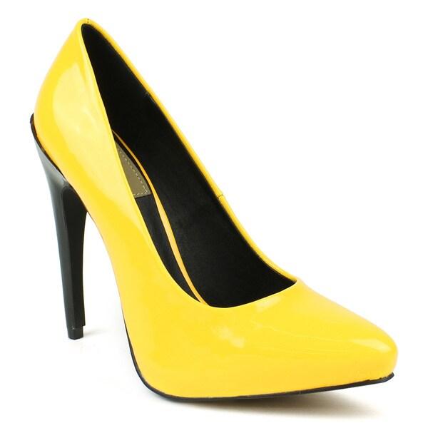 Fahrenheit Women's 'SUNNY-07' Mango Two-toned Pointed-toe Heels
