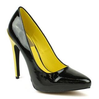 Fahrenheit Women's 'SUNNY-07' Black Two-toned Pointed-toe Heels