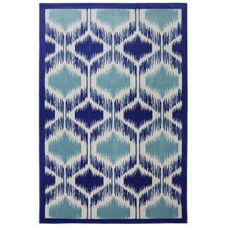 "Indoor/Outdoor Illuminated Blue Rug (5'3 x 7'10"")"