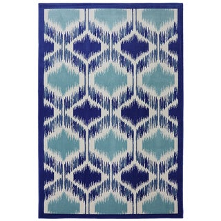 Indoor/Outdoor Illuminated Blue Rug (5'3 x 7'10