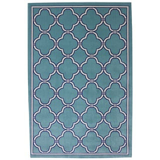 Indoor/ Outdoor Networked Sky Blue Rug (5'3 x 7'6)