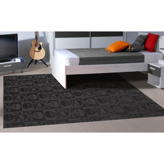 Jolly Roger Black Area Rug (7'6 x 9'6)