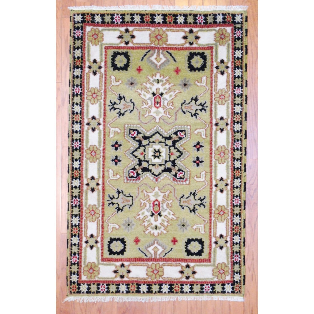 Indo Hand-knotted Kazak Light Green/ Ivory Wool Rug (3' x 5')