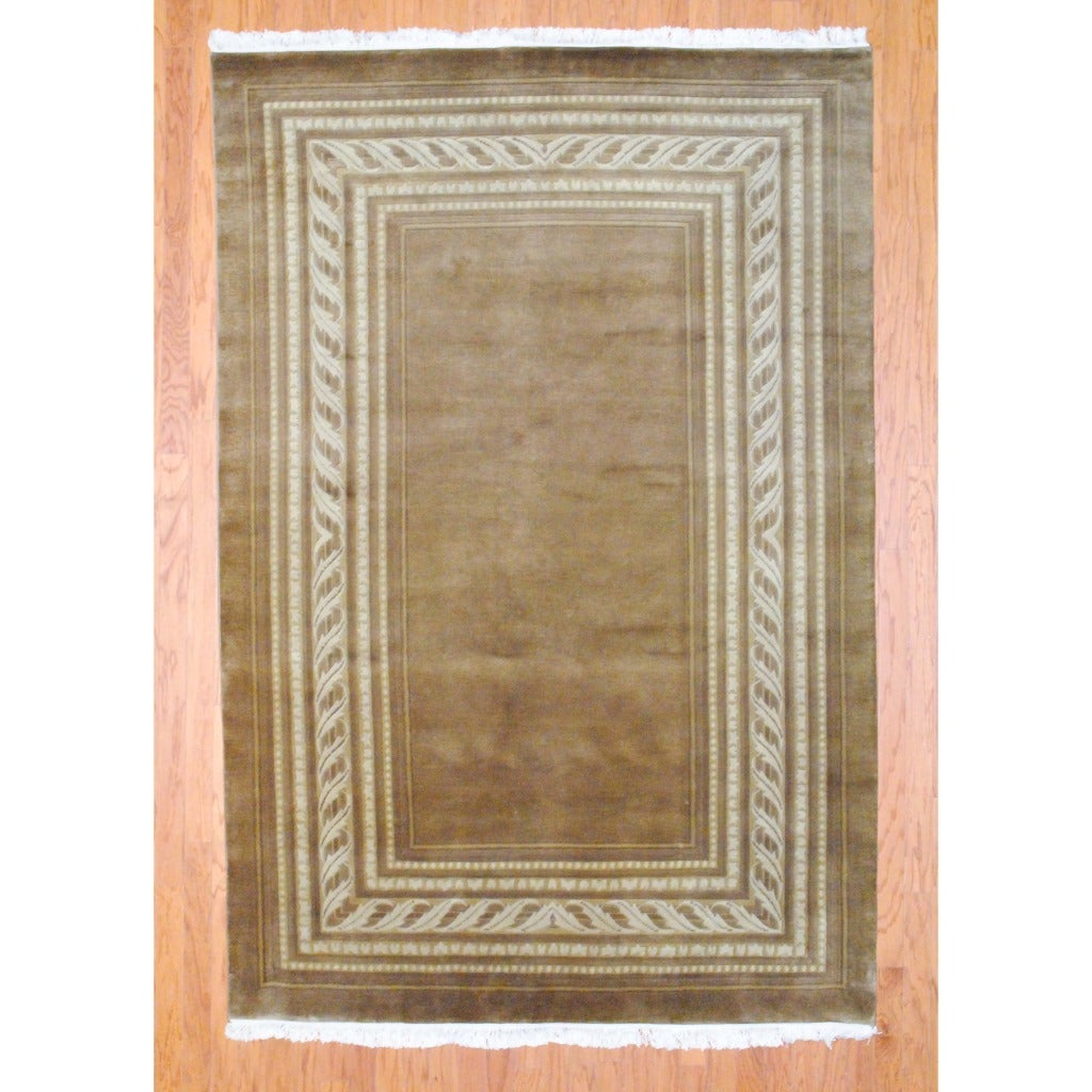 Indo Hand-knotted Tibetan Light Brown/ Ivory Wool Rug (6' x 9')